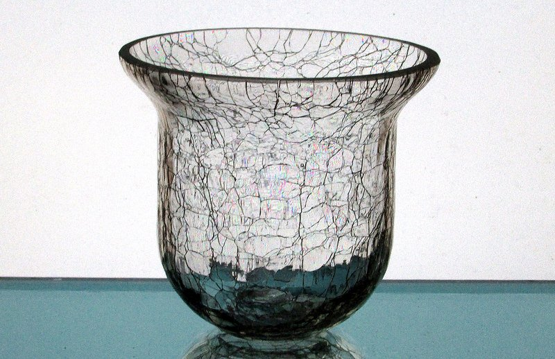 Hanging Candle Holder 4.25 x 4 5.8 Heavy Crackle Glass HCH077