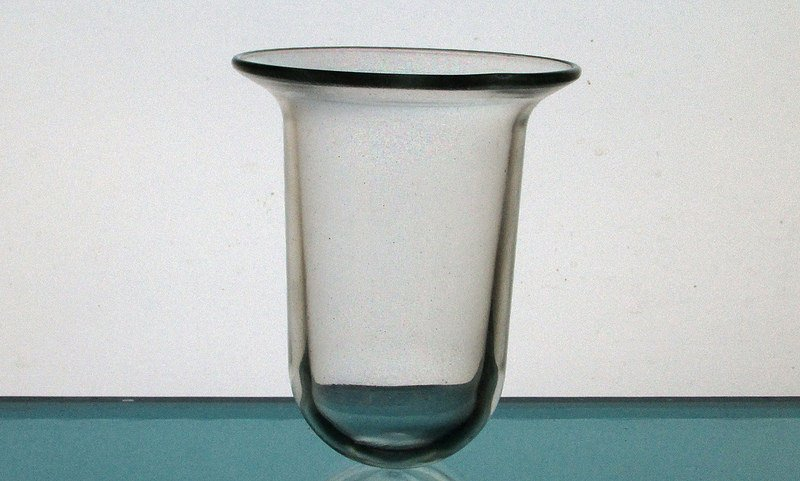 Hanging Candle Holder 3 5/8 x 4.5 Heavy Glass HCH079