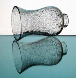 '.Crackle Glass Hurricane Shade.'