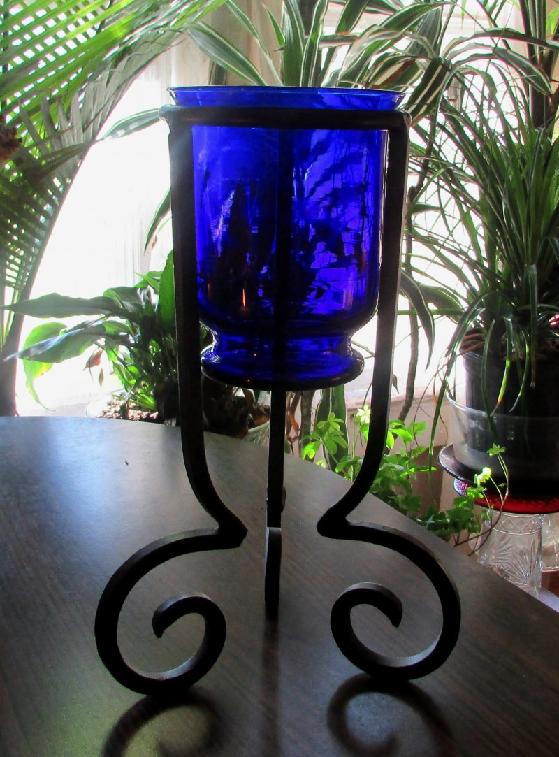 Partylite Hurricane Candle Holder Cobalt Blue Brilliance P7389 in Stand with 4.74 inch support ring.