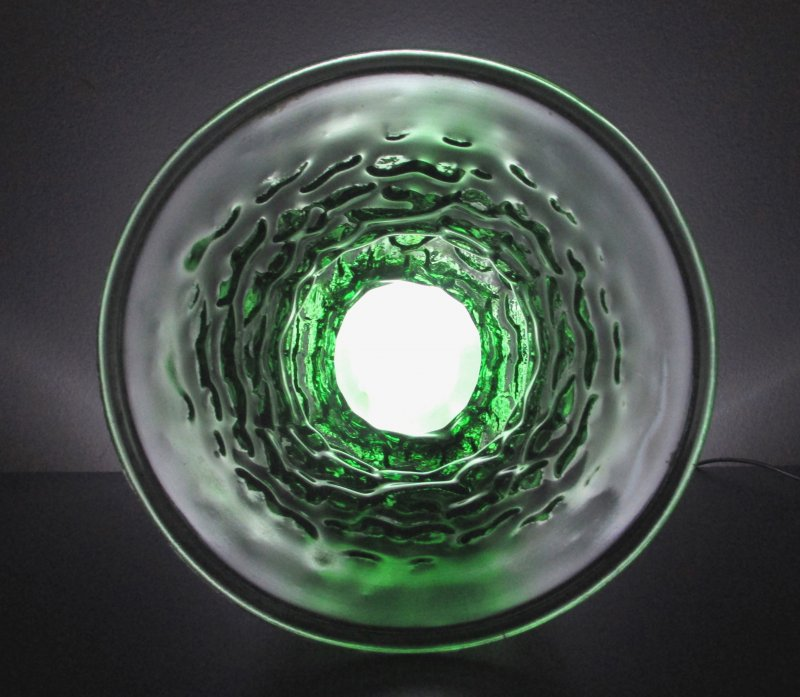 Crinkle Glass Flower Vase A119 10 inch Emerald Green Vintage EO Brody Indiana Glass