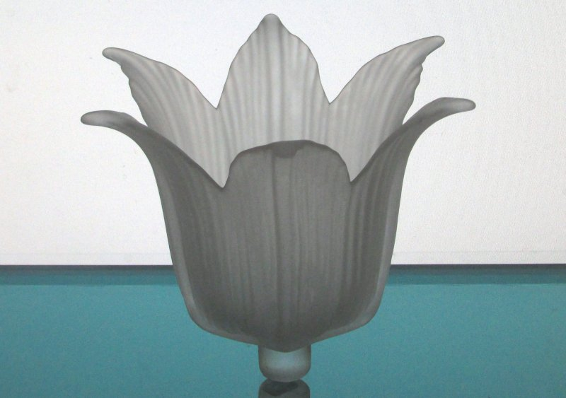 Peg Votive Candle Holder Frosted White 6 petal