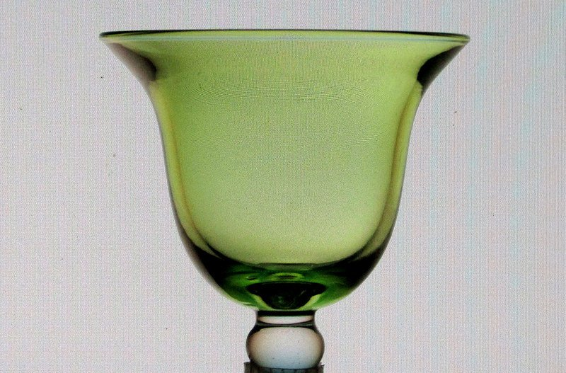 Hanging Candle Holder Flared Rim with Knob 3 7.8 w x 4 h Green HCH101