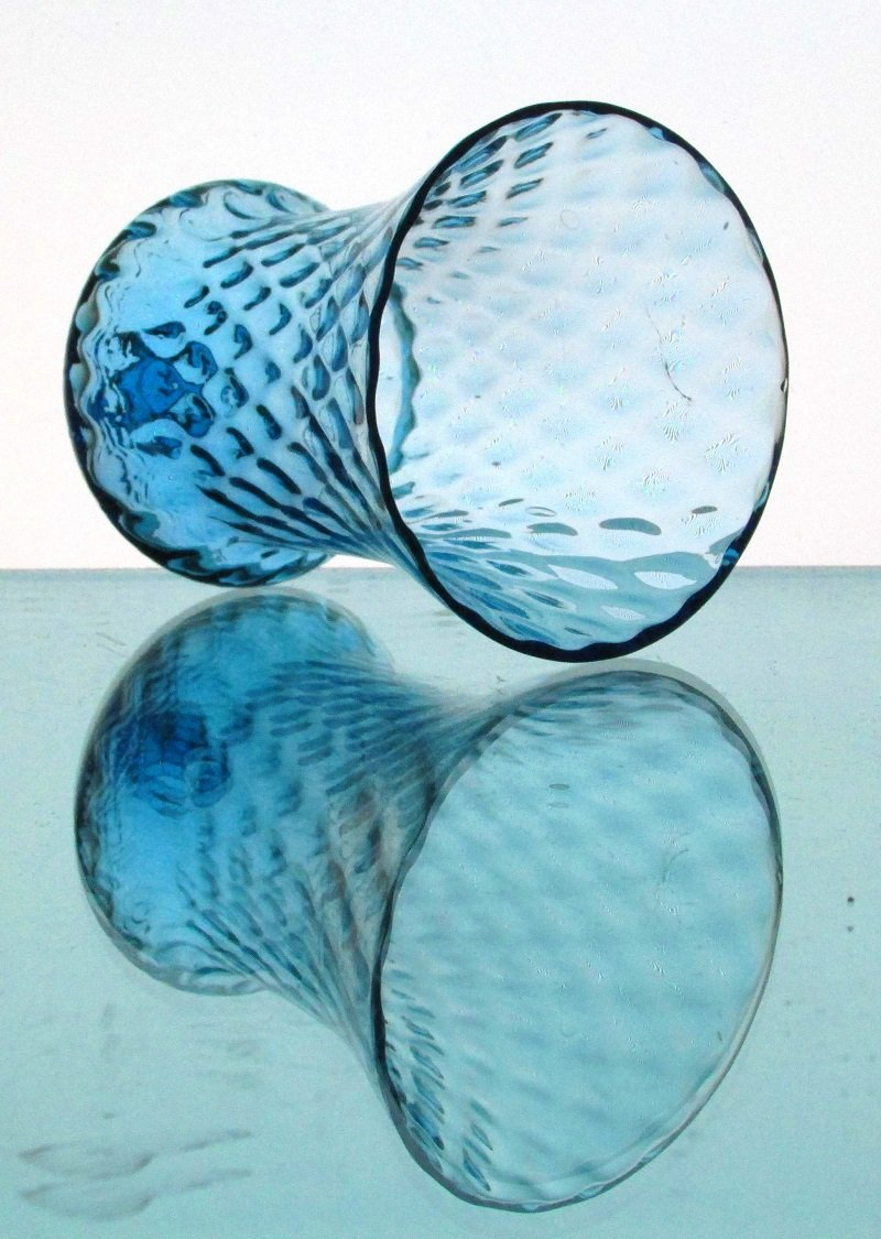 Home Interiors Peg Votive Candle Holder Flared Honeycomb Blue