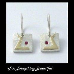Hairst Blinks Red Ruby Stone Yellow Gold Detail Sterling Silver Earrings