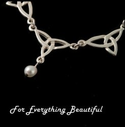 Celtic Treble Trinity Knot Freshwater Pearl Sterling Silver Necklet