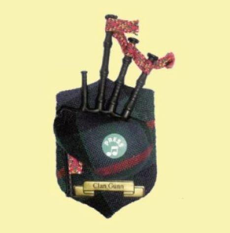 Image 0 of Gunn Clan Tartan Musical Bagpipe Fridge Magnets Set of 2