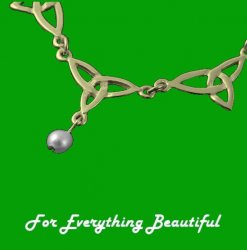Celtic Treble Trinity Knot Freshwater Pearl 9K Yellow Gold Necklet
