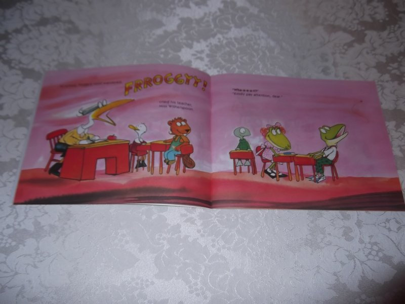 Image 6 of Froggy's First Kiss Jonathan London Brand New Softcover