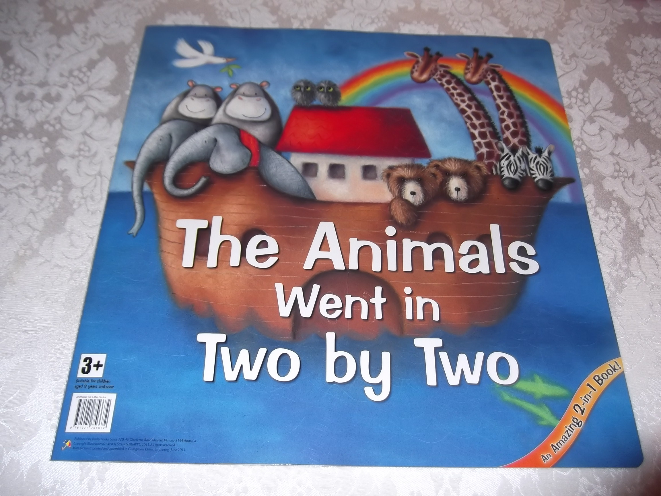The Animals Went in Two by Two, 5 Little Ducks 2 in 1 Big Book Wendy Straw