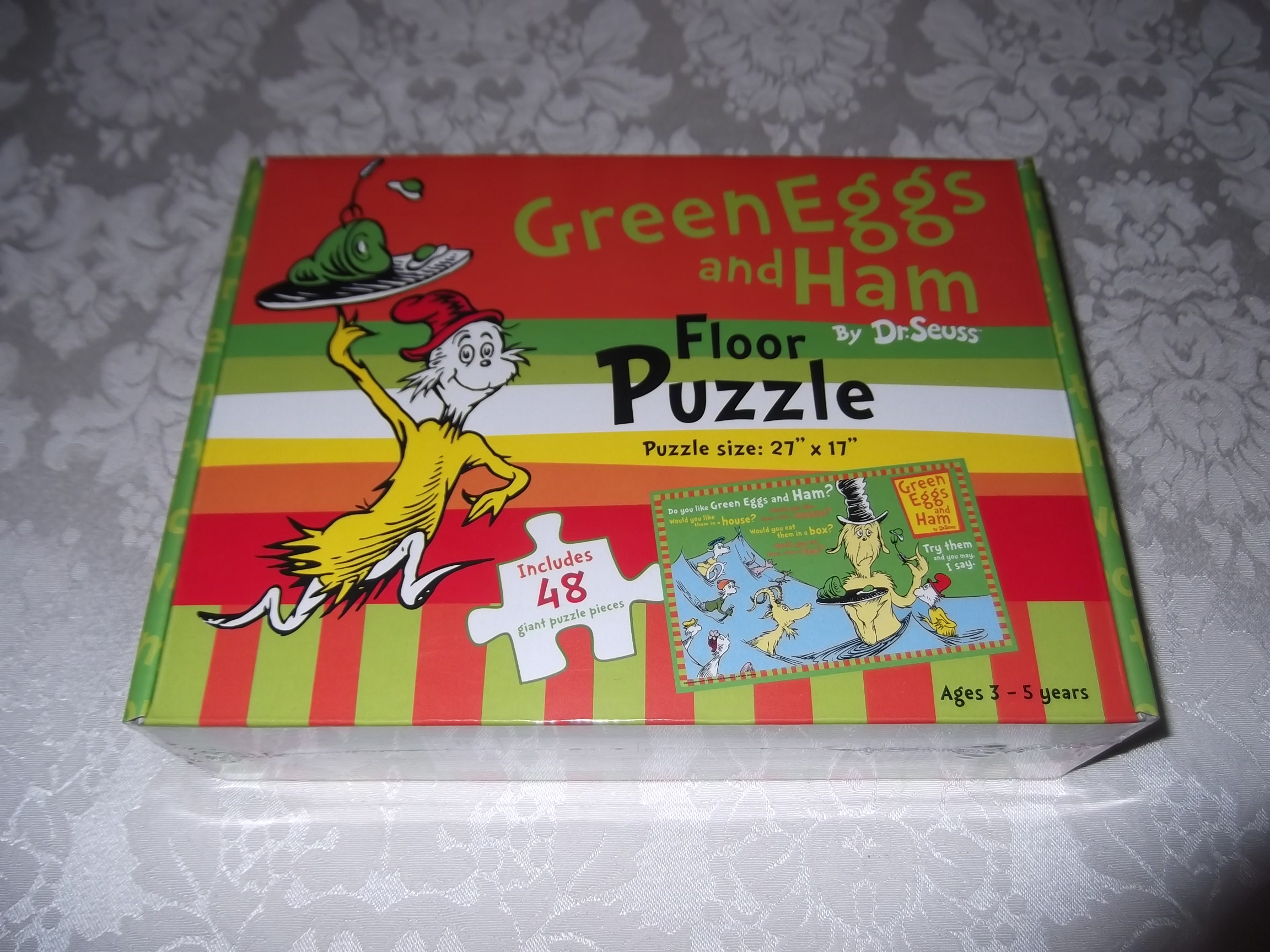 Dr. Seuss Green Eggs and Ham 27 x 17 Floor Puzzle 48 pieces Brand New