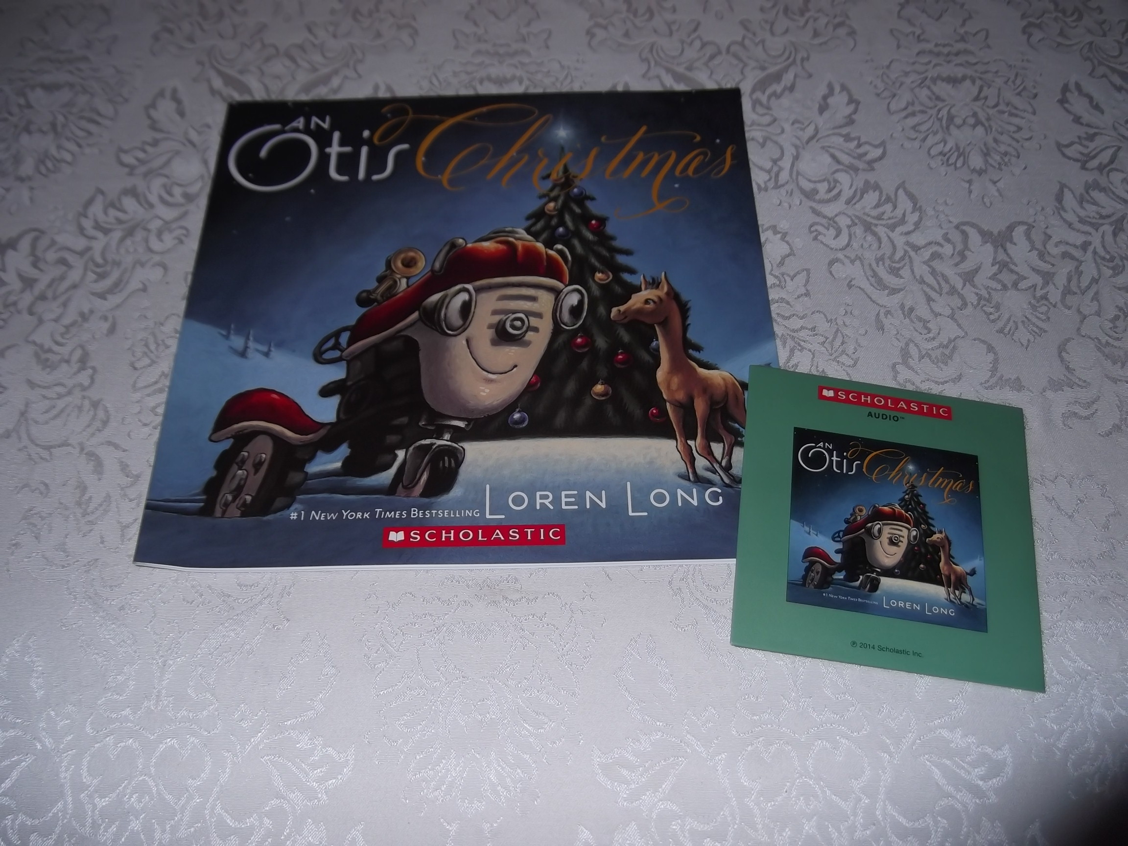 An Otis Christmas Loren Long Brand New Audio CD and Softcover
