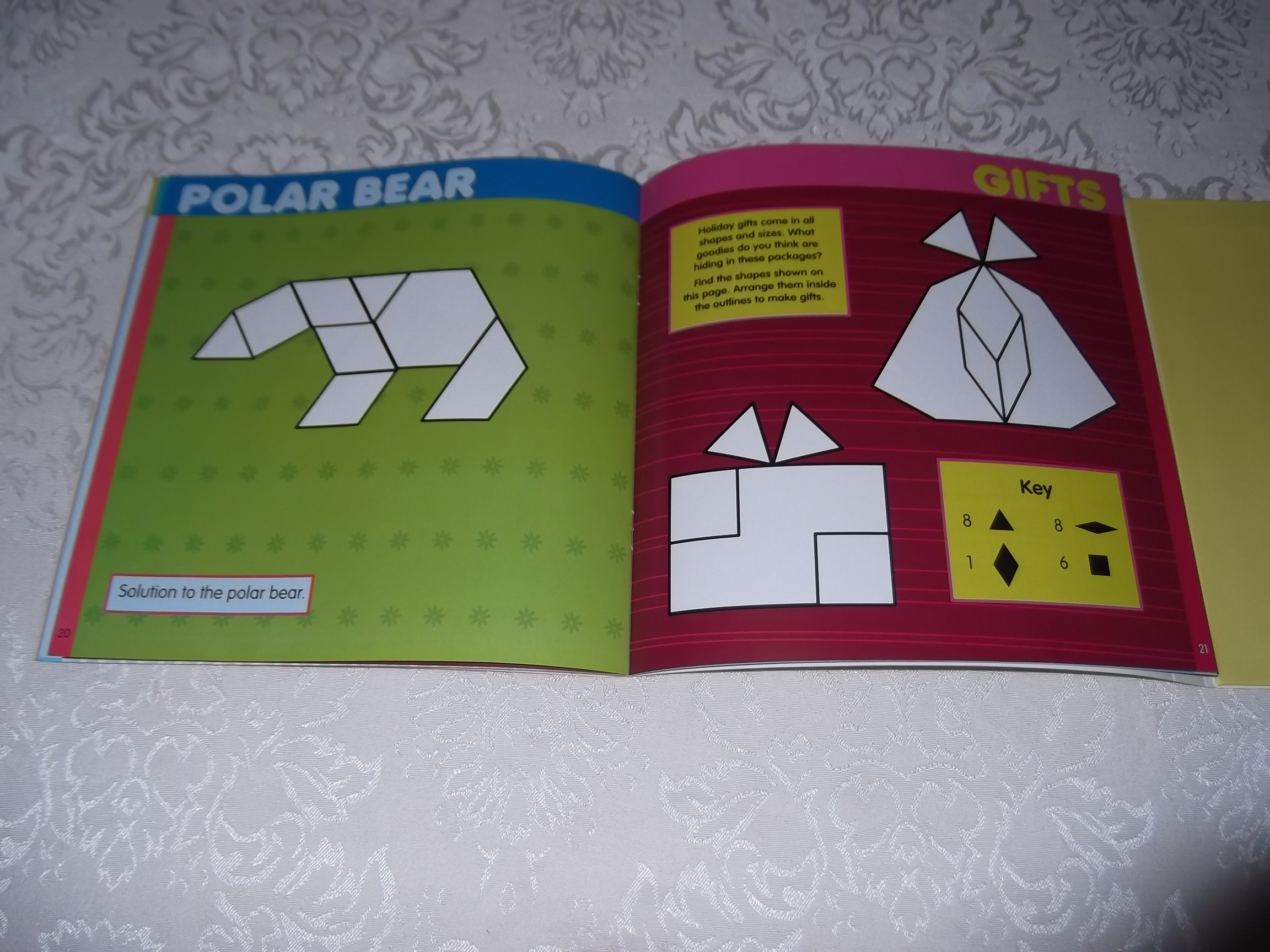 Image 7 of Pattern Block Puzzles Christmas with 42 Magnet Shapes Kris Hirschmann Brand New