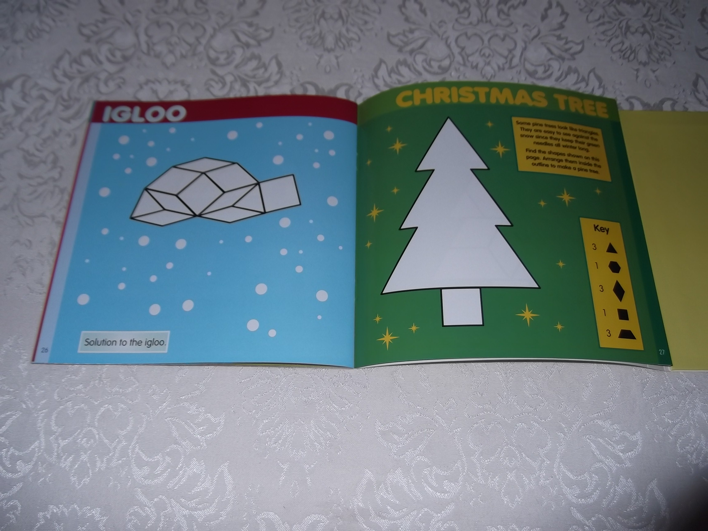 Image 4 of Pattern Block Puzzles Christmas with 42 Magnet Shapes Kris Hirschmann Brand New