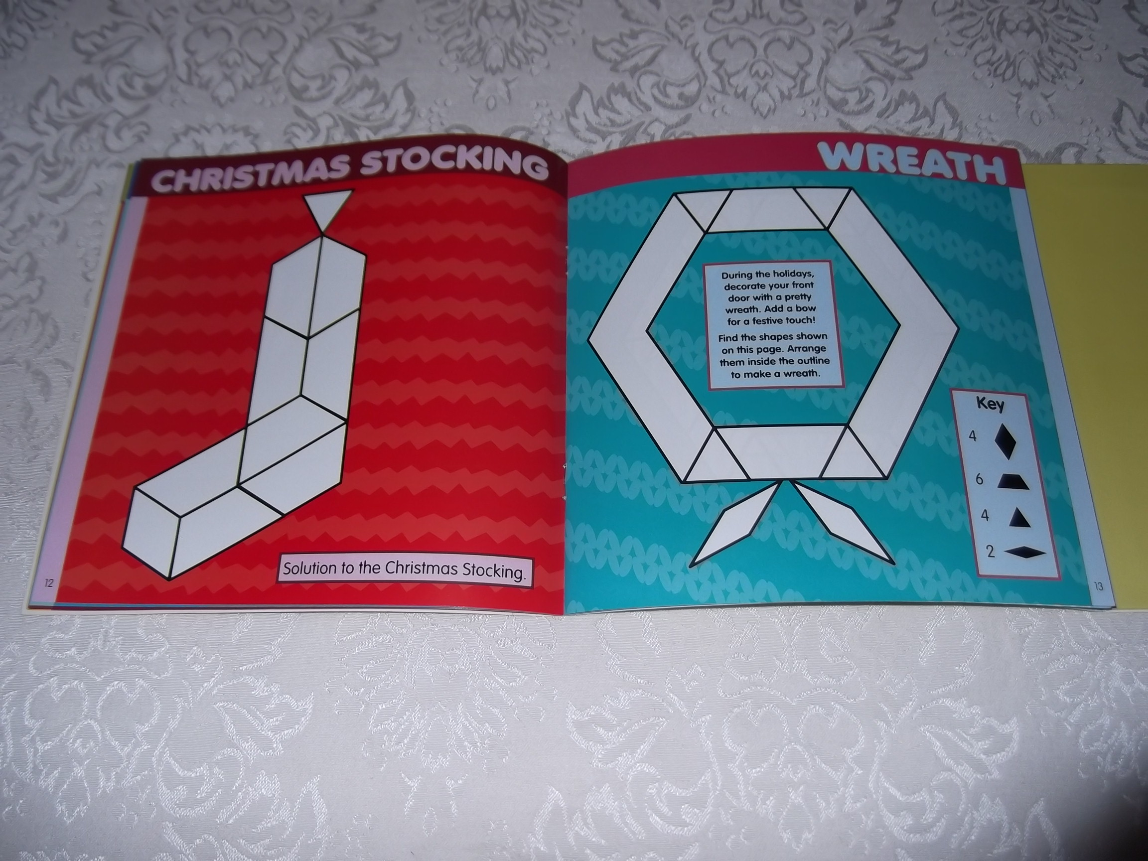Image 11 of Pattern Block Puzzles Christmas with 42 Magnet Shapes Kris Hirschmann Brand New