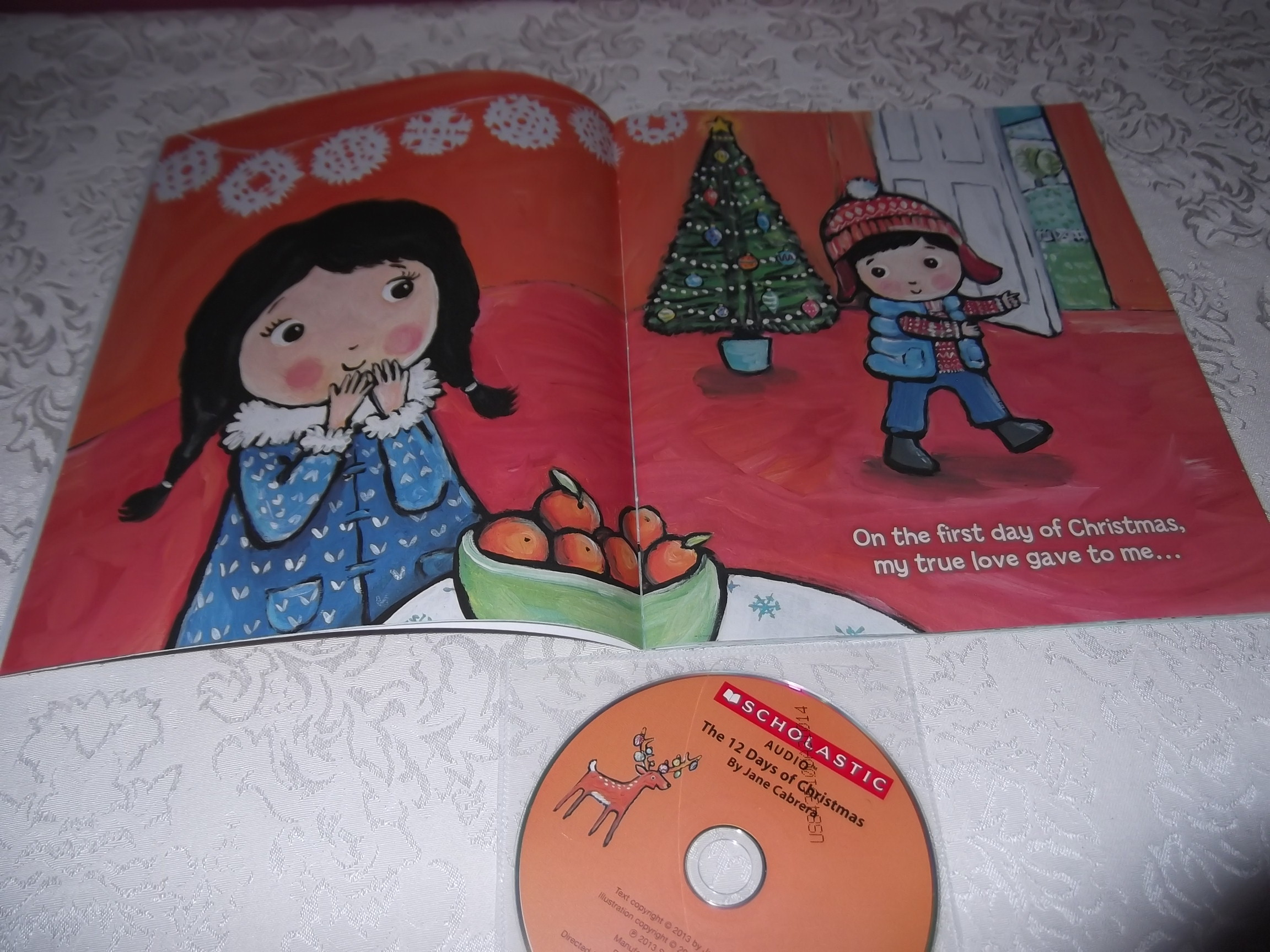 Image 15 of The 12 Days of CHRISTMAS Jane Cabrera Brand New Audio CD and Softcover