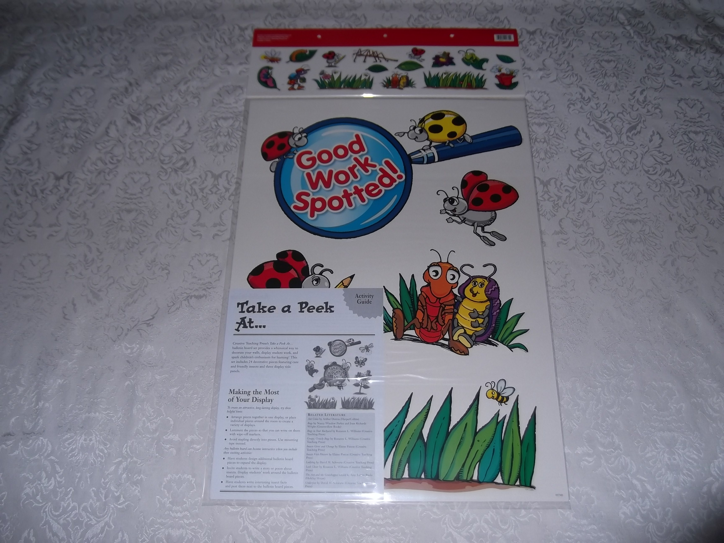 Image 1 of Bulletin Board Set with 24 Pieces