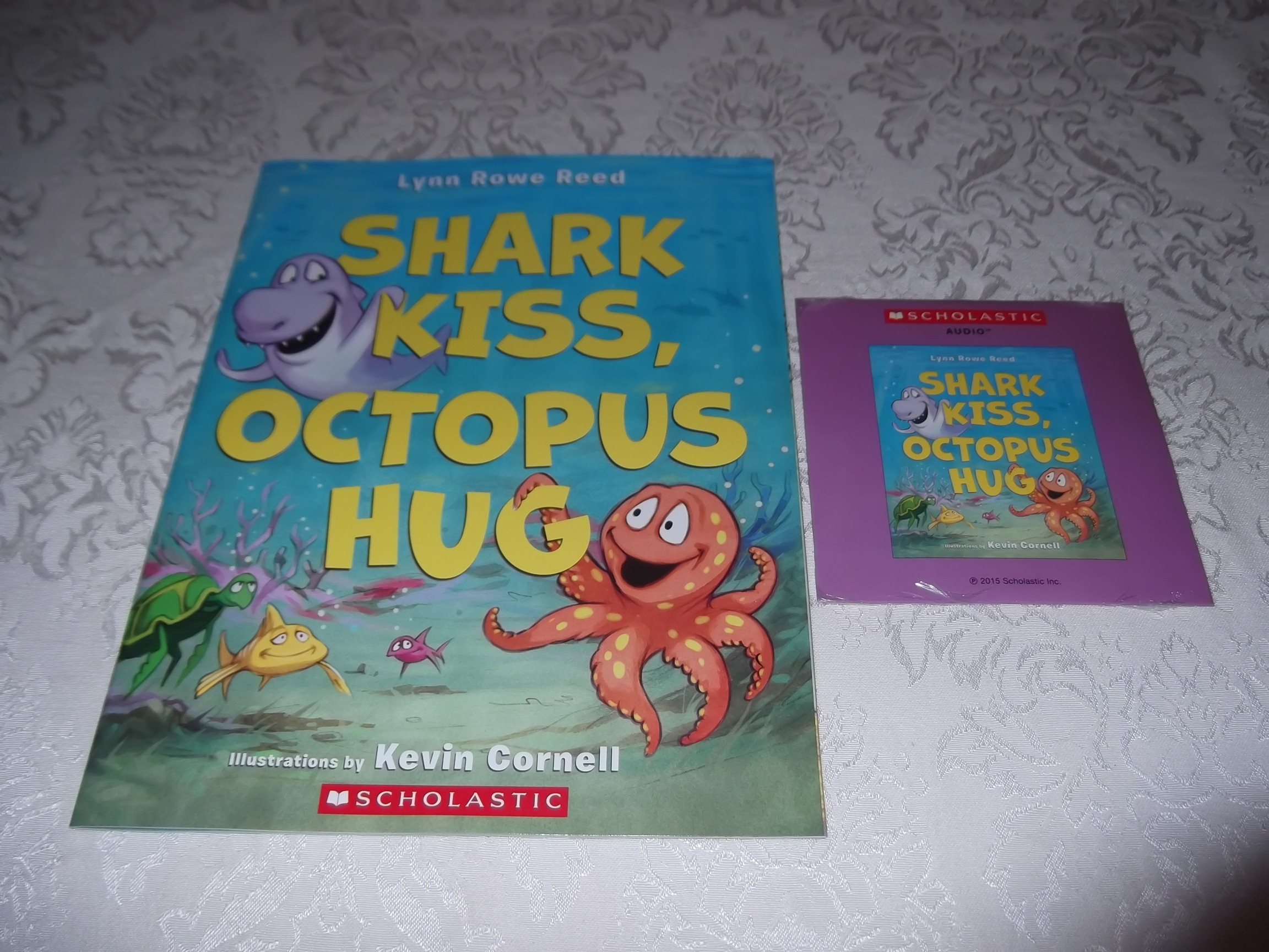 Shark Kiss, Octopus Hug Lynn Rowe Reed Brand New Audio CD and Softcover