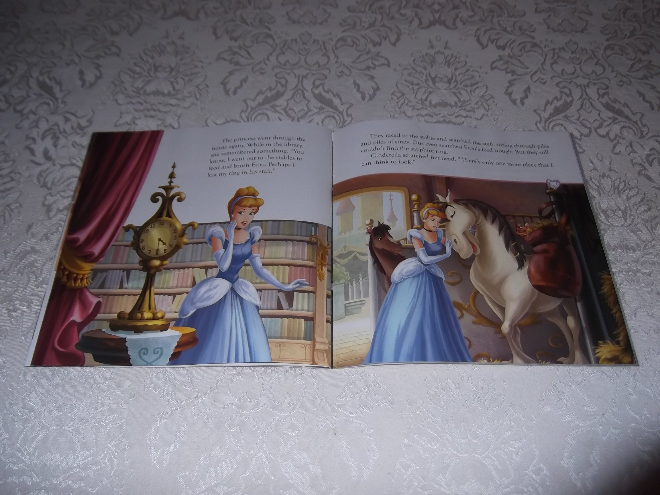 Cinderella A Heart Full Of Love Softcover With Read Along