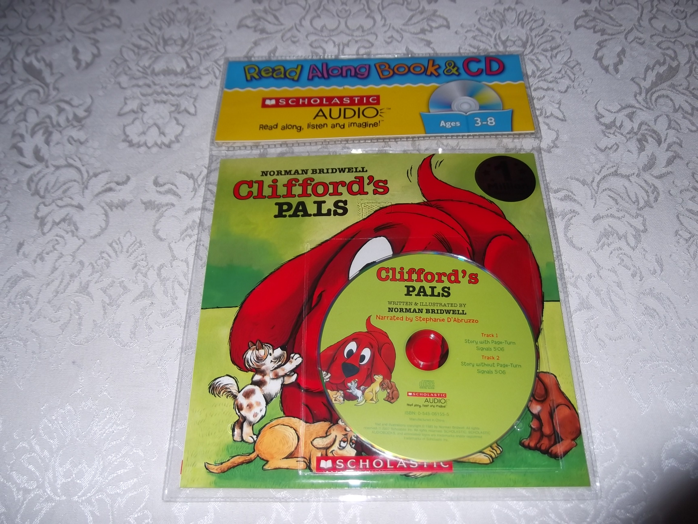Clifford's Pals Norman Bridwell Read Along Audio CD & Softcover Set