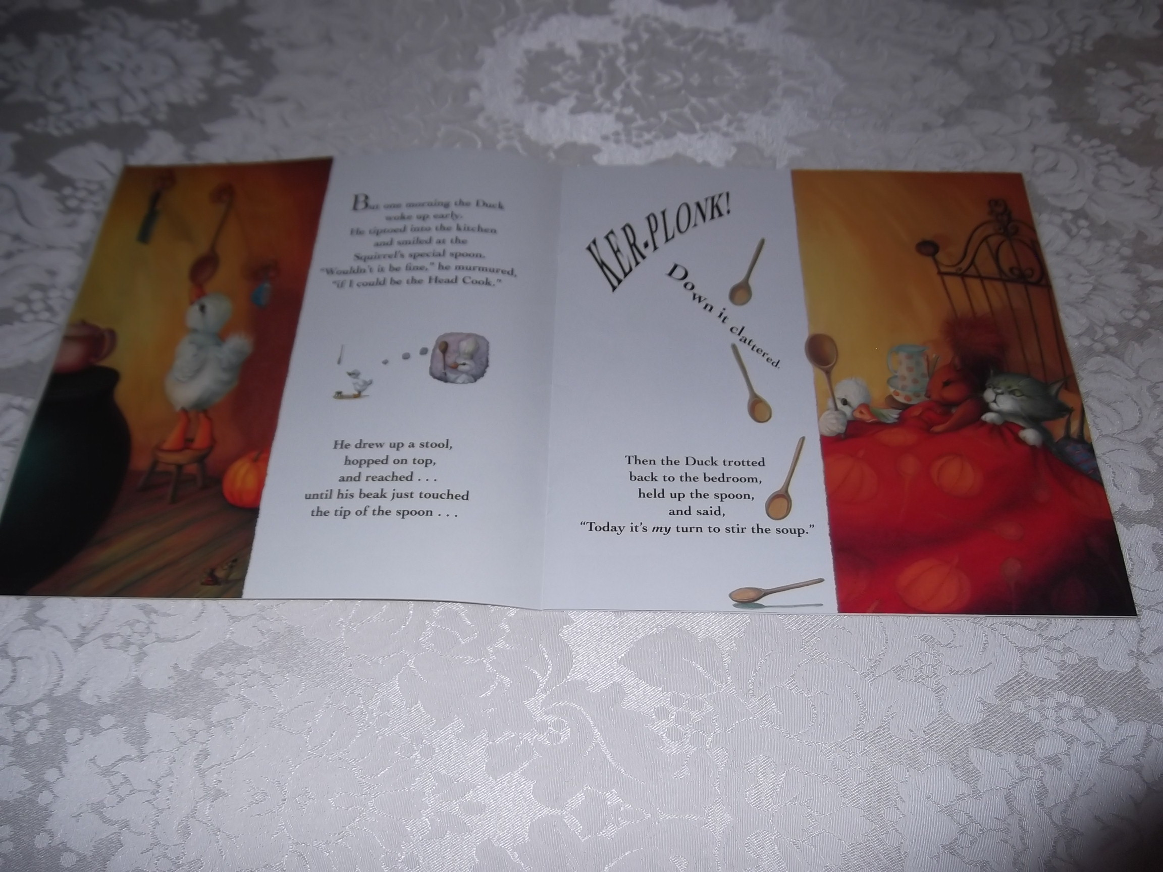 Image 2 of Pumpkin Soup Helen Cooper Brand New Softcover