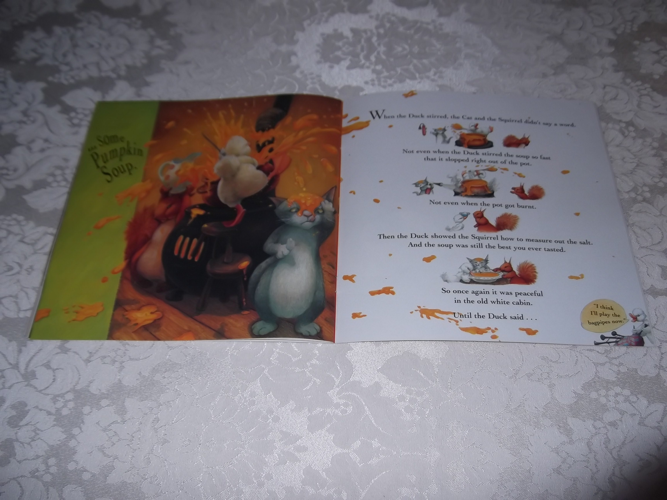 Image 5 of Pumpkin Soup Helen Cooper Brand New Softcover
