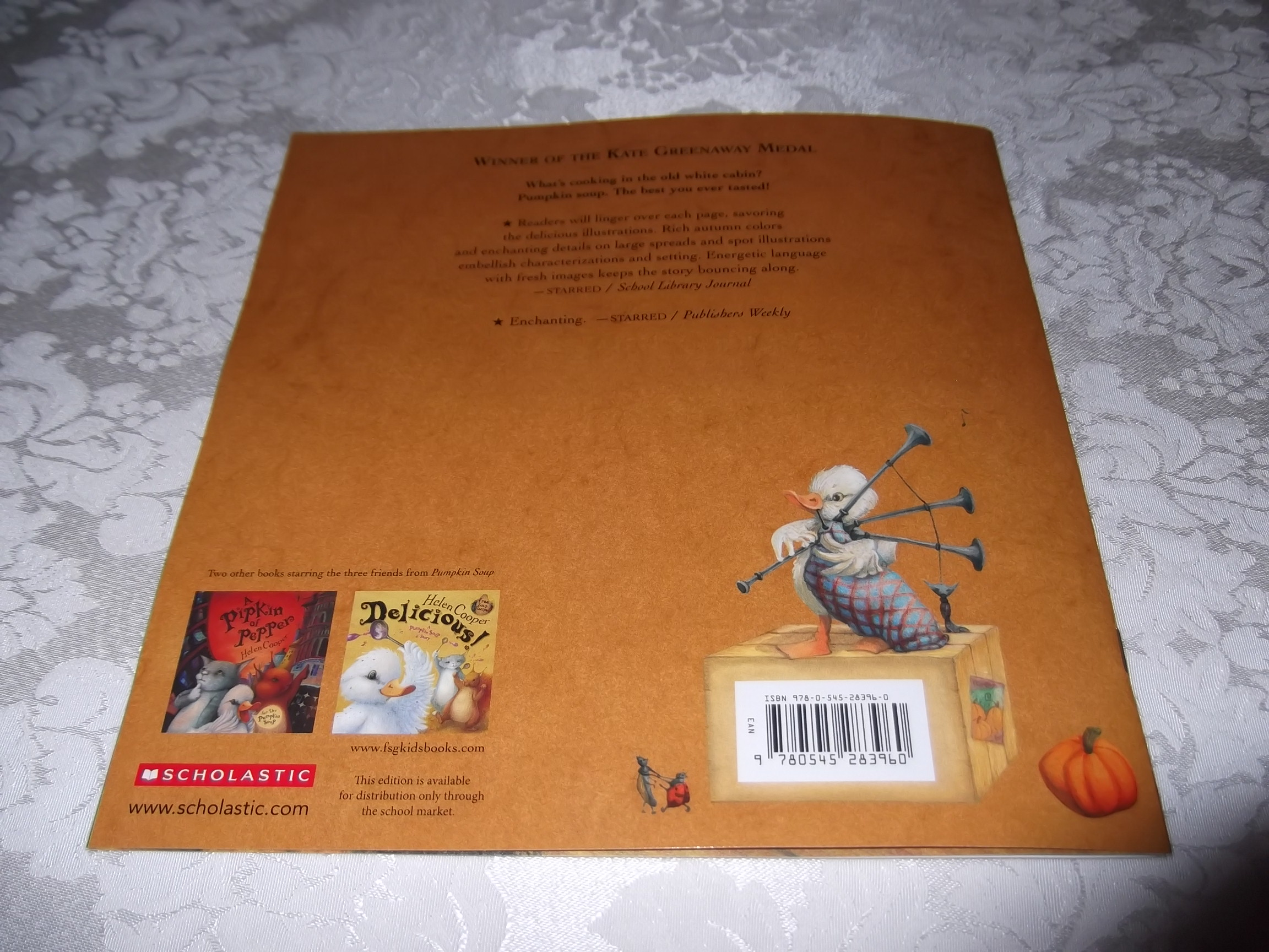 Image 6 of Pumpkin Soup Helen Cooper Brand New Softcover