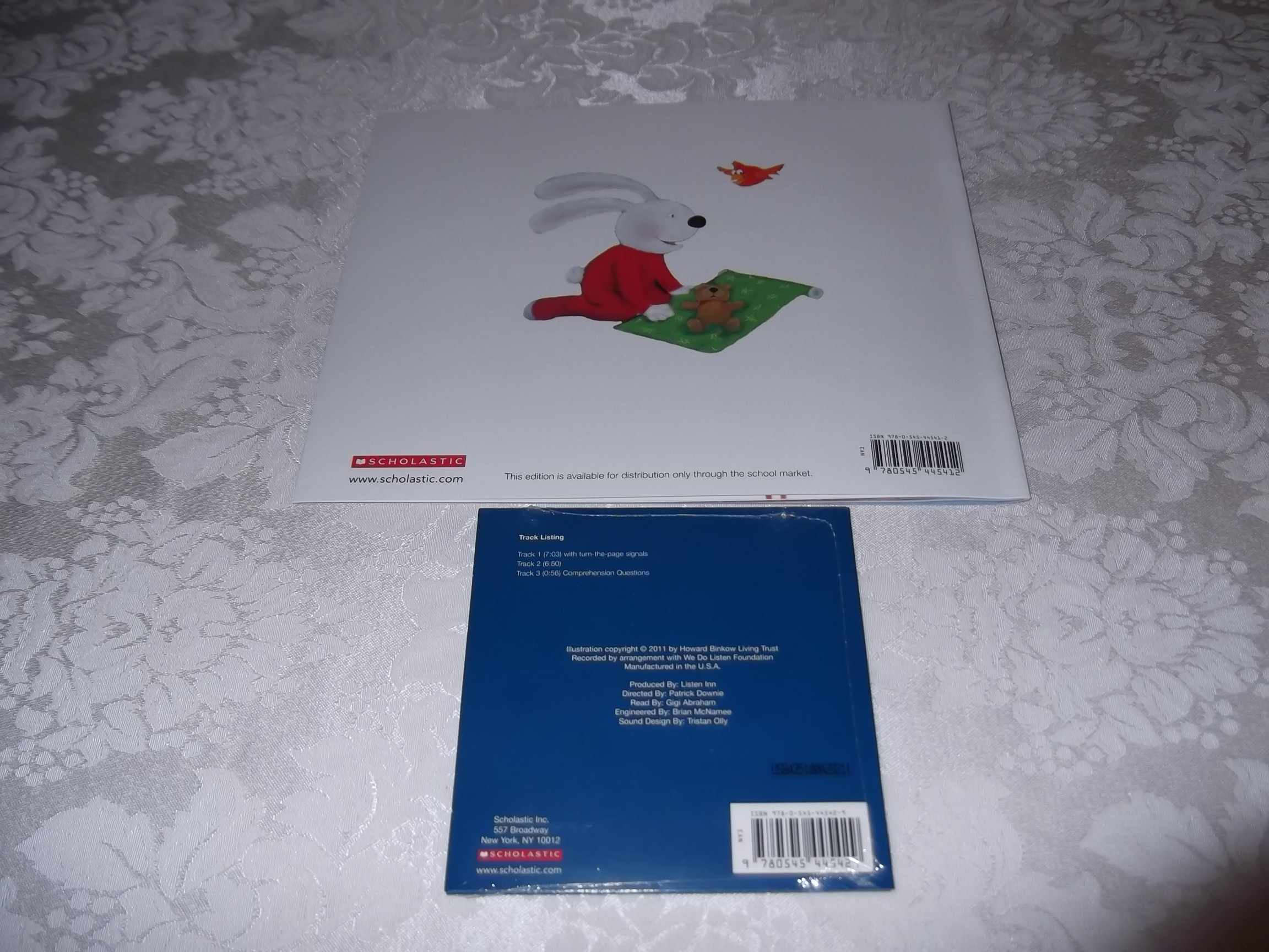 Image 9 of Howard B. Wigglebottom and the Power of Giving: A Christmas Story Audio CD & SC