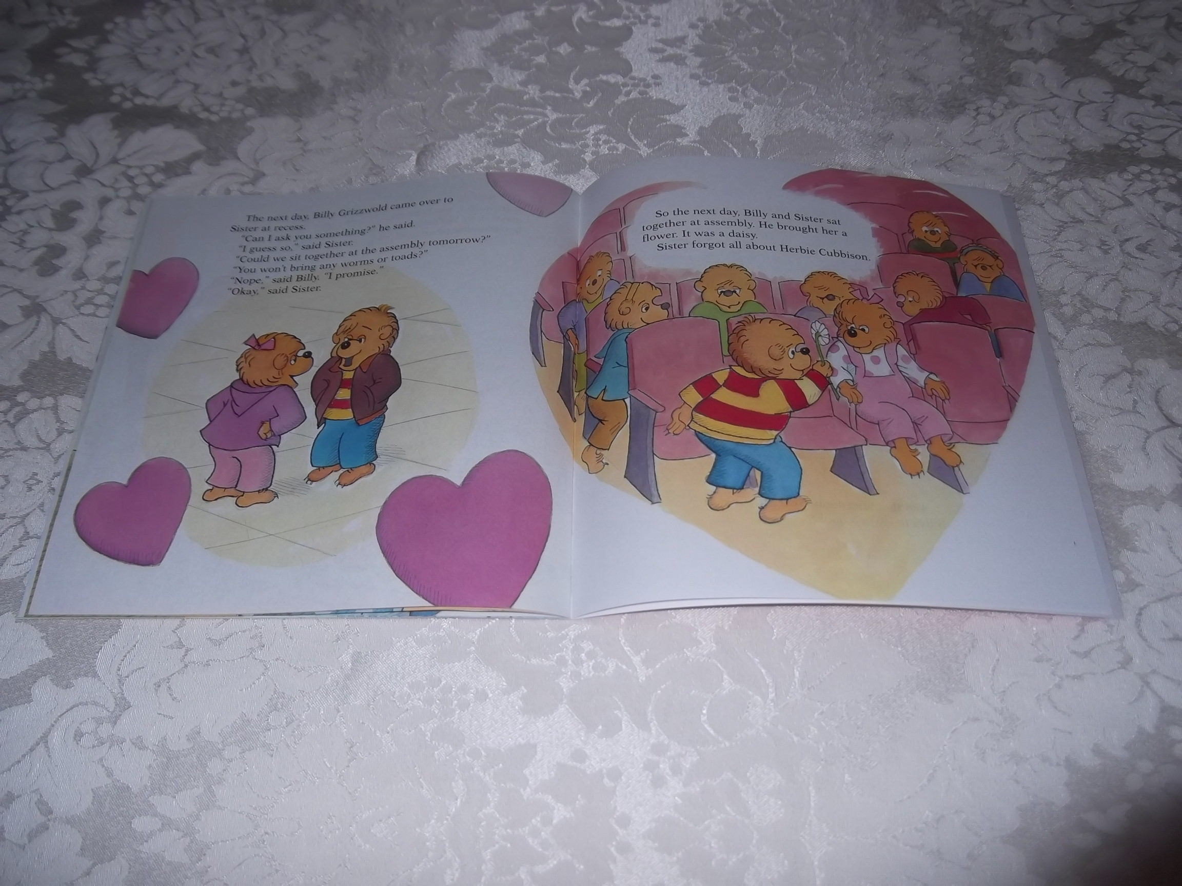 Image 4 of The Berenstain Bears' Funny Valentine Stan & Jan Berenstain Brand New Softcover