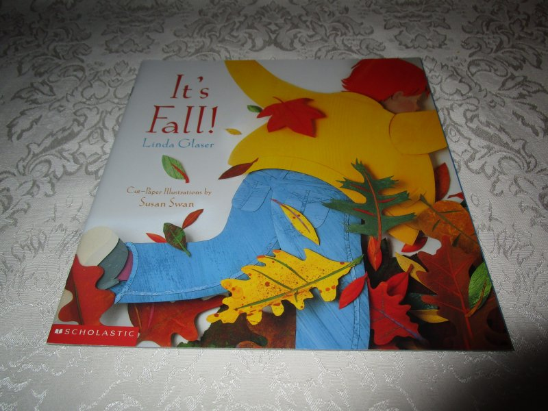 It S Fall Linda Glaser Brand New Softcover Scholastic