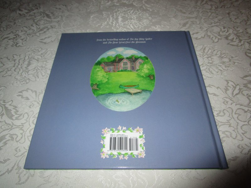 Image 11 of Little Miss Muffet Iza Trapani Brand New Hardcover
