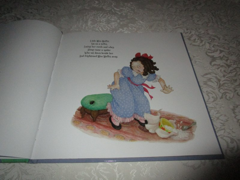 Image 1 of Little Miss Muffet Iza Trapani Brand New Hardcover