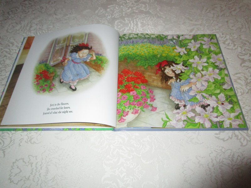 Image 3 of Little Miss Muffet Iza Trapani Brand New Hardcover