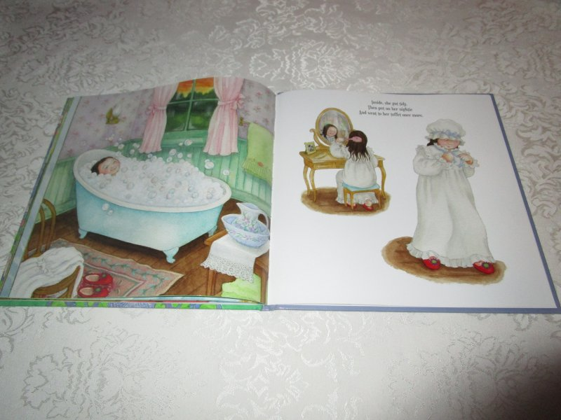Image 8 of Little Miss Muffet Iza Trapani Brand New Hardcover