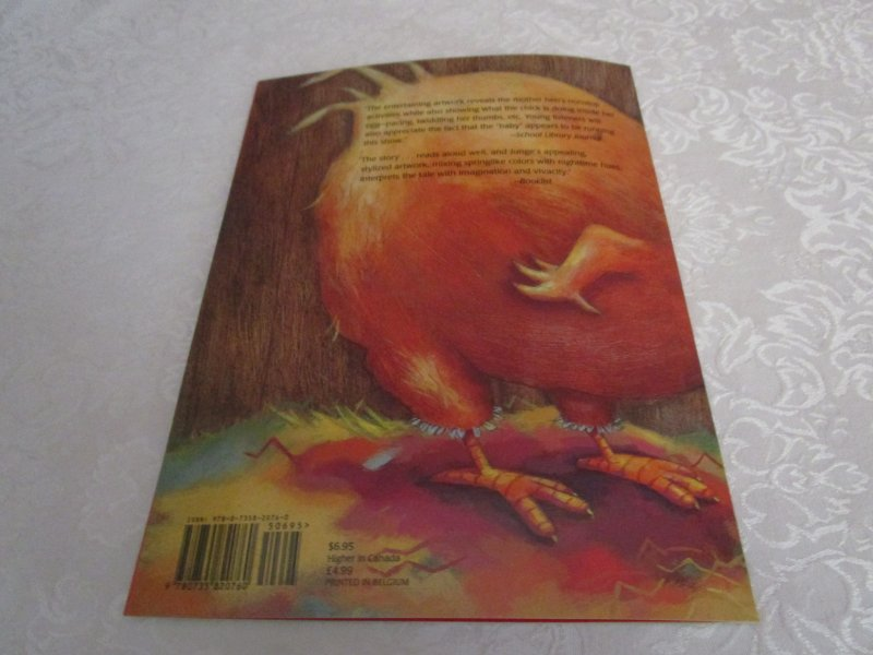 Image 9 of The Easter Chick Geraldine Elschner Brand New Softcover