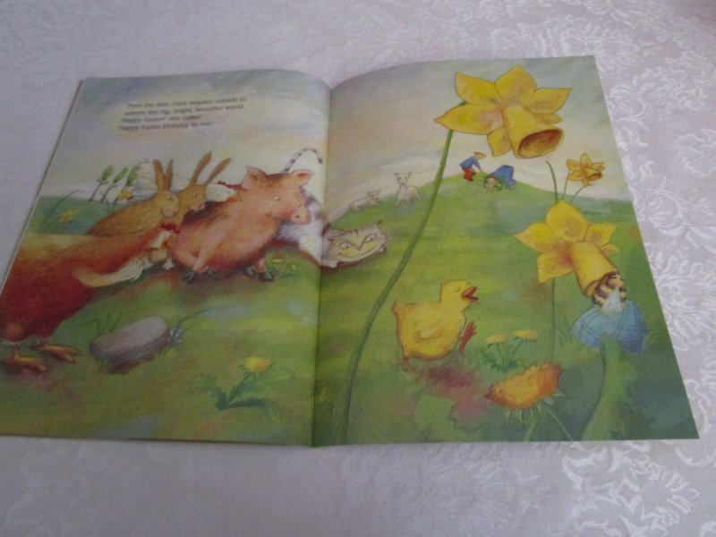 Image 8 of The Easter Chick Geraldine Elschner Brand New Softcover