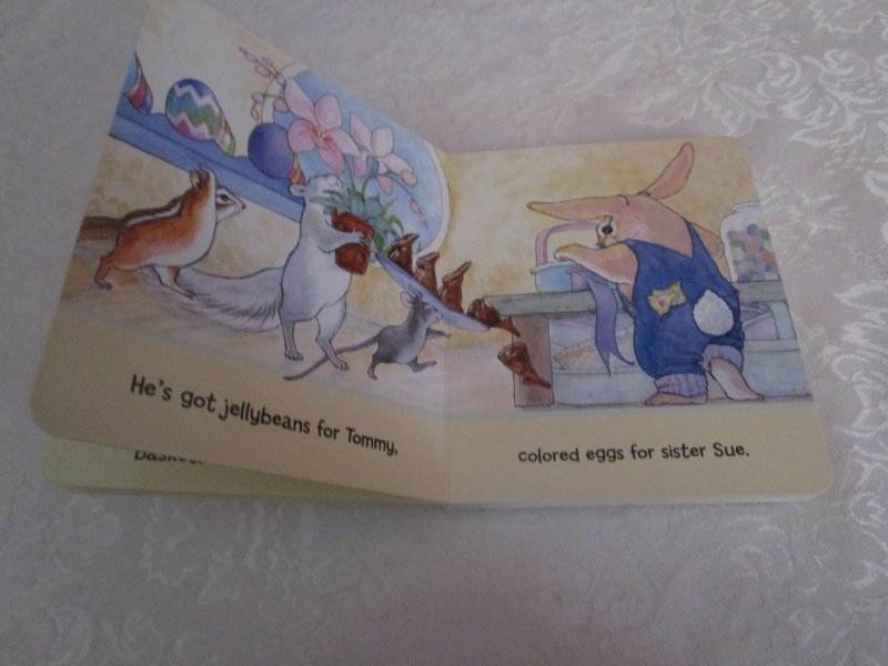 Image 3 of Here Comes Peter Cottontail! Steve Nelson Jack Rollins Brand New Board Book