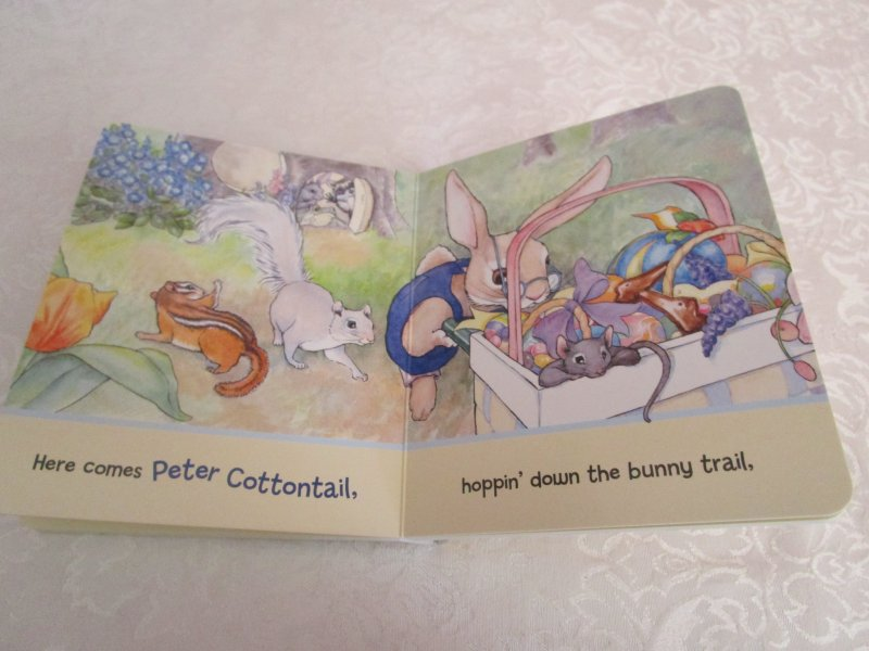 Image 5 of Here Comes Peter Cottontail! Steve Nelson Jack Rollins Brand New Board Book