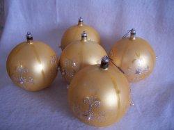 '.Vintage Austrian Ornaments.'