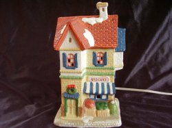 Dickens Collectables Holiday Expressions Porcelain Lighted Village Grocery Store