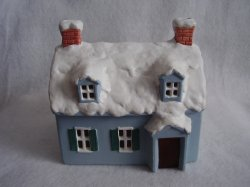 Reed Barton Giftsources Lighted Christmas Village Snow Covered Blue House