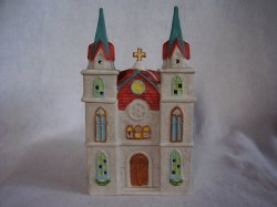 Dickens Collectables Holiday Expressions Porcelain Lighted Village Church Chapel