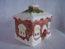 '.Christmas House Candle Holder.'