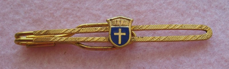 Nurse Themed Tie Bar with Cross, Religious Vintage Goldtone . Indiana School of Nursing