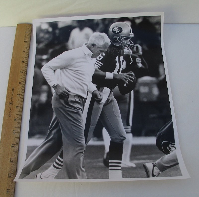 San Francisco 49ers Bill Walsh, Joe Montana 11x14 press photo
