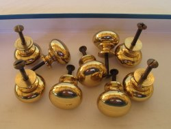 Brass Cabinet or Drawer Knob Pulls, 9 pcs, Gold color