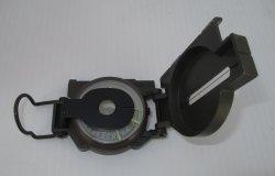 '.Lensatic Compass Model 823.'