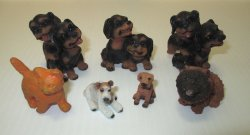 Dollhouse Animals, 6 Dogs and 1 Cat