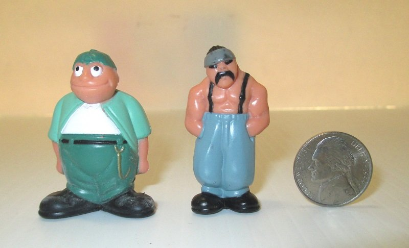 Sapo and Big Loco, 2 of the original Homies figurines from Series One in1997. 2 inches tall. In original 'egg'.