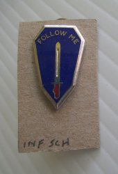 '.Army Infantry School DUI pin.'